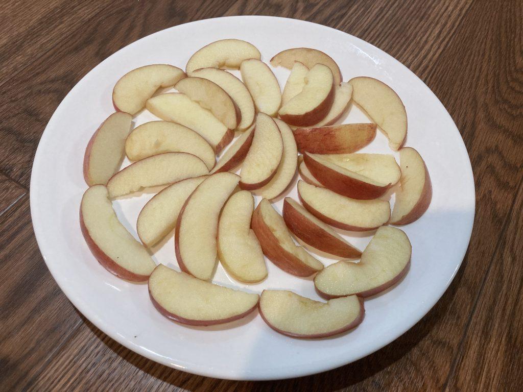 Apple Nachos - Arrange Apples in Plate