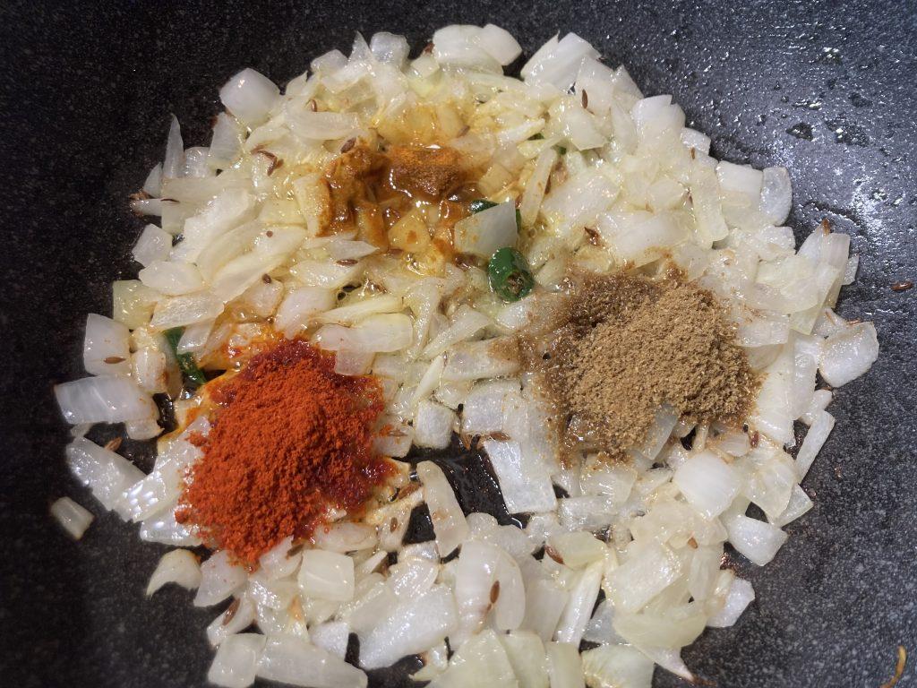 Lasooni Palak - Add spices