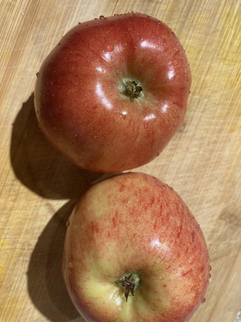 Apple nachos - Wash apple thoroughly