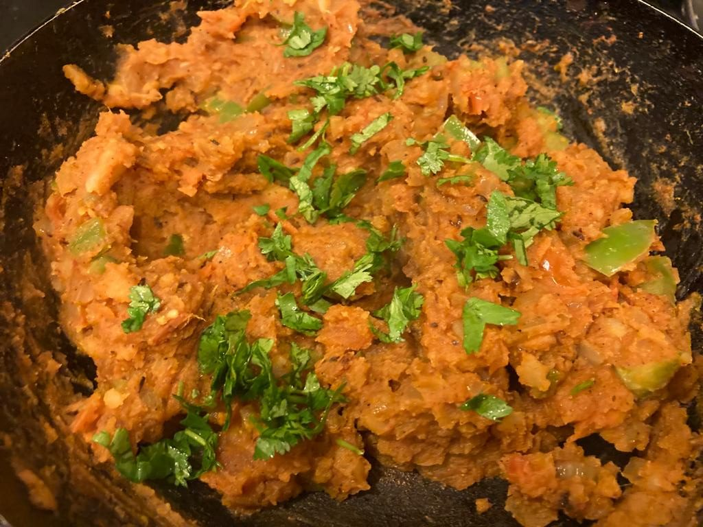 Mix well and add coriander for tawa burger
